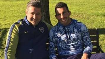 """Angelici se reunió con Tevez y dijo que """"por ahora"""" no vuelve a Boca"""