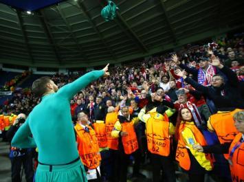 """El Atlético del """"Cholo"""" Simeone le aguantó el partido al Leicester y se metió en semifinales de la Champions (Video)."""
