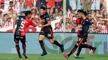 Colón le ganó a Unión 2-0 en el clásico de Santa Fe