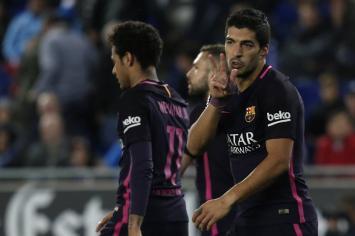 Barcelona goleó al Espanyol en el clásico catalán y la punta de la Liga sigue al rojo vivo (VIDEO).
