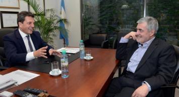 Das Neves le pidió a Massa que volteen el decreto de Macri contra los puertos patagónicos