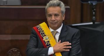 Lenín Moreno juró como presidente de Ecuador y garantizó la dolarización
