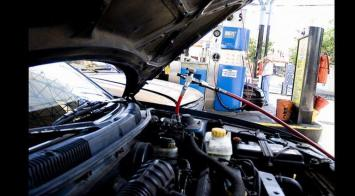 """Estacioneros advierten que equiparar precio de GNC con naftas, """"sería la destrucción del sistema"""""""