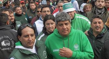 """Moyano reclamó una """"gran movilización"""" para ponerle un """"límite"""" al Gobierno"""