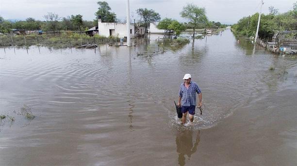 Inundaciones: así viven vecinos del sur de la provincia mientras el Gobierno mira a otro lado