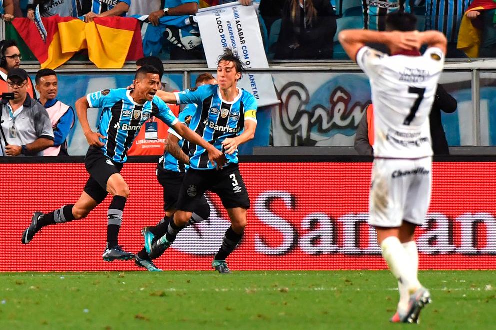 Lanús perdió 1-0 ante Gremio en la final de ida