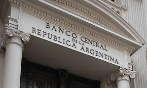 Suben pronósticos de inflación y de la tasa de interés del BCRA