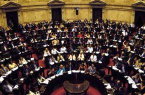 Avanza una ley para privar a femicidas y abusadores de la patria potestad