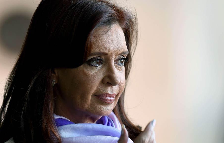 Citan a indagatoria a Cristina Kirchner por supuesto encubrimiento en la causa AMIA