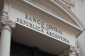 El Banco Central persistirá con tasas altas para bajar la inflación