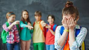 Cada tres horas, un chico sufre bullying en el país