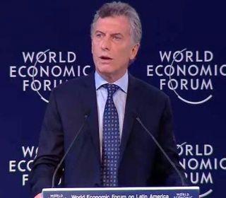 En medio del paro, Macri asiste al Foro Económico Mundial