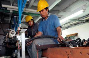 La producción de pymes industriales se contrajo 3,8% en abril, según CAME
