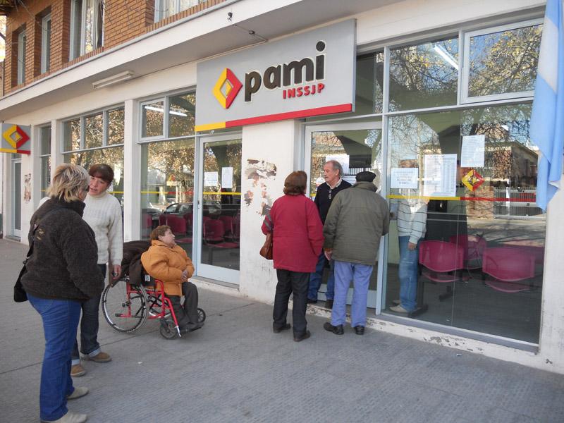 Aseguran que el Gobierno avanza hacia la privatización del PAMI
