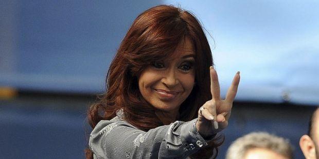 Cristina le saca cuatro puntos a Bullrich según la encuesta de cierre de Managment & Fit