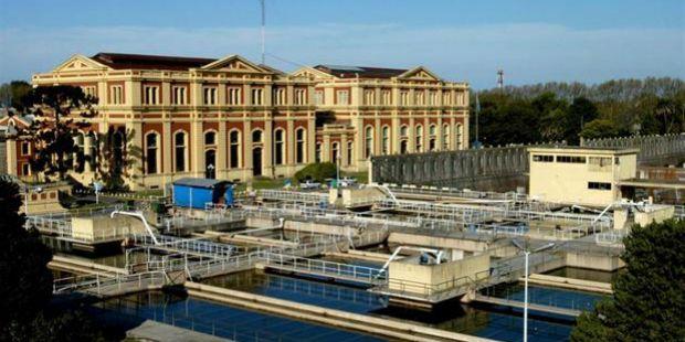 Argentina deberá pagar US$ 384 millones por la rescisión del contrato de Aguas Argentinas