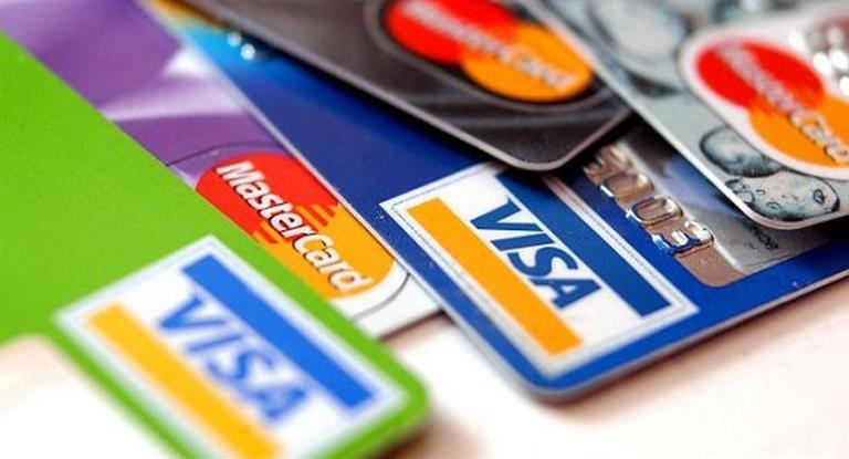 Mañana firmarán acuerdo para bajar comisiones de tarjetas