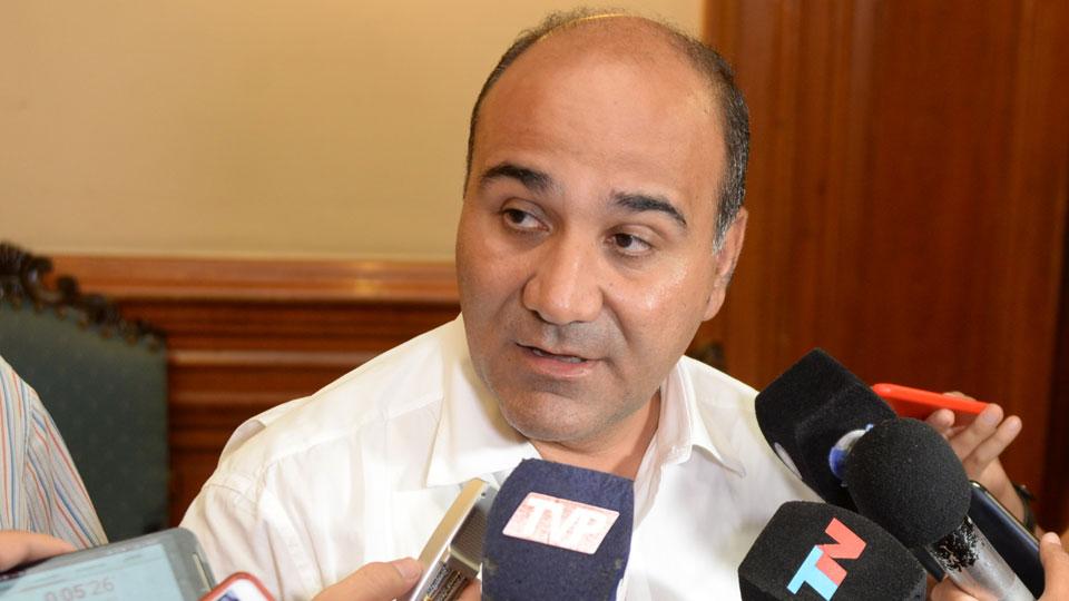 Manzur quiere que la Nación evalúe su política económica