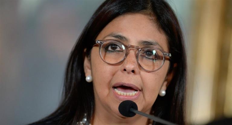 Maduro reemplaza a Delcy Rodríguez, la canciller que tuvo duros cruces con el macrismo