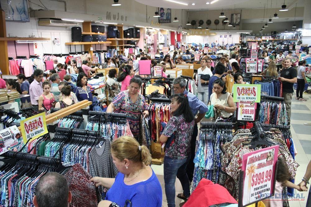 Salarios: empresarios de Comercio pagan 6% de cláusula gatillo y ofrecen 15% de aumento