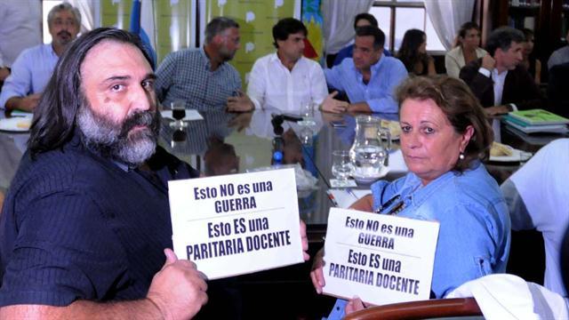 "Gremios docentes denunciarán a Macri ante la OIT por ""prácticas antisindicales"""