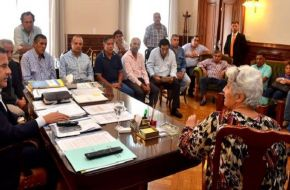 Los gremios estatales de Tucumán se niegan a cerrar un aumento del 23 por ciento