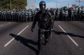 """El """"otro"""" balance del Gobierno: 111 represiones, 354 detenidos, 328 heridos y muertos por protestar"""
