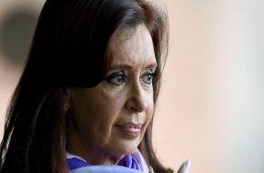 En medio del juicio por tragedia de Once, Cristina Kirchner defendió a De Vido