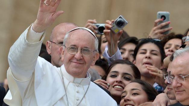 Francisco cuestionó la criminalización de los jóvenes