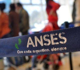 Comenzó el paro de 24 horas en ANSES por el suicidio de un jubilado en Mar del Plata
