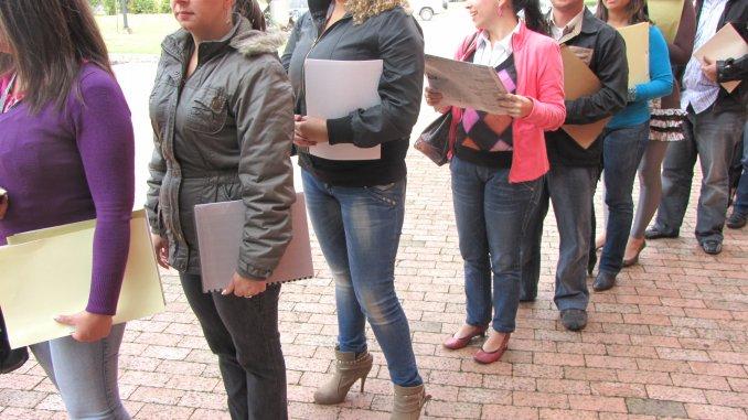 Datos oficiales: el empleo en negro se incrementó el doble que el formal