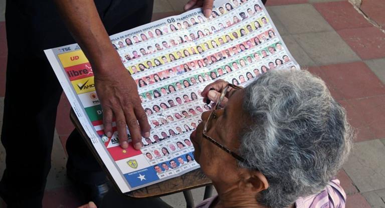 Honduras: los primeros resultados oficiales dan vencedor al opositor Nasralla