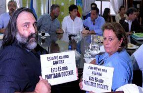 Revés para los gremios docentes: la Justicia suspendió fallo que ordenó devolver los días de paro