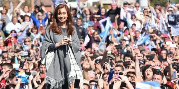 Cristina Kirchner pidió más unidad en la oposición contra el macrismo
