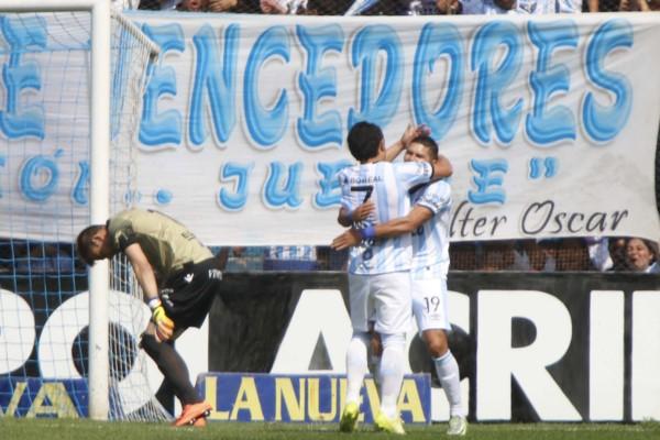 Atlético Tucumán empezó firme ante Godoy Cruz (VIDEO)