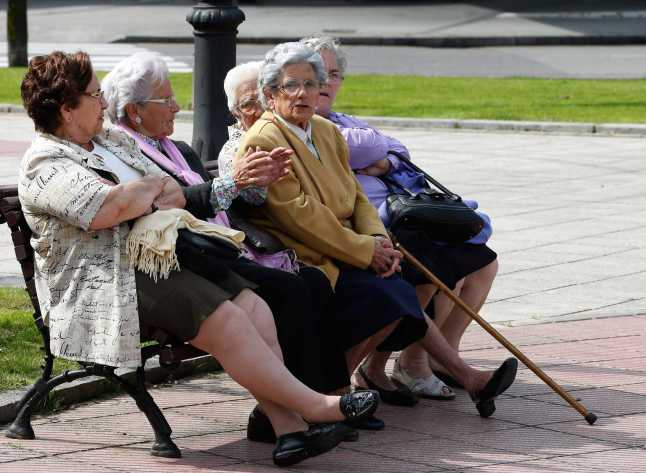Las mujeres pierden por paliza: Los jubilados que no hicieron aportes no recibirán aumento en enero