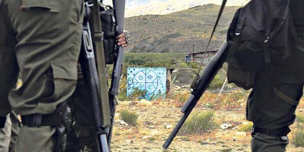 """""""Les dimos corchazos para que tengan"""", dijo un Gendarme del operativo contra los mapuches"""