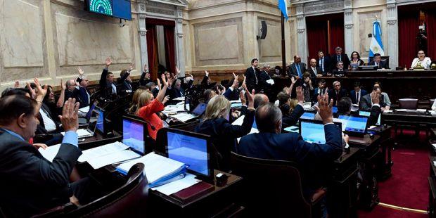 Qué senadores peronistas votaron a favor de la reforma previsional