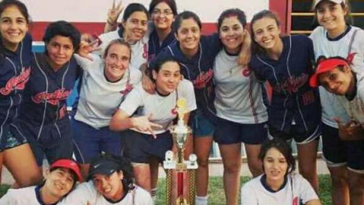 Indias de Tucumán ganó el campeonato Argentino de Softbol femenino