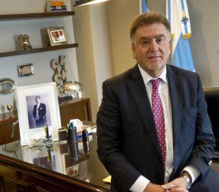 Amaya fue sacado de la Secretaría de Vivienda y su sucesor viene a Tucumán