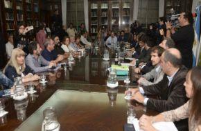 Gobierno de Vidal ofreció a los docentes un aumento del 20% en dos cuotas