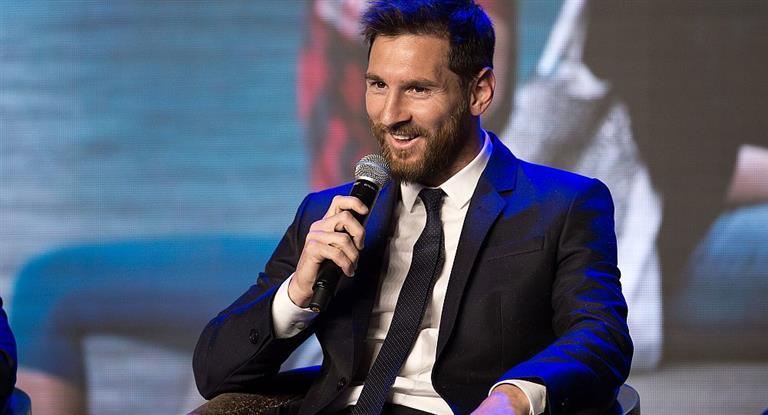 Messi rompió con la veda al periodismo y habló de la Selección