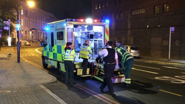 Otra vez en Londres: una camioneta atropelló a varias personas y hay al menos un muerto (Videos)