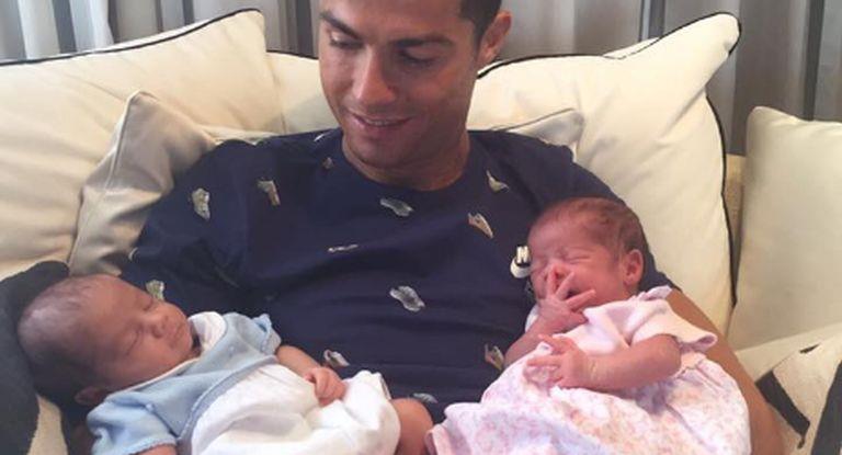 Ronaldo fue papá de gemelos: alquiló un vientre y a uno de ellos le puso el nombre del más pequeño de Messi