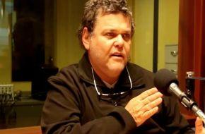 A puro insulto, Casero ahora invitó a un periodista a ''un mano a mano''